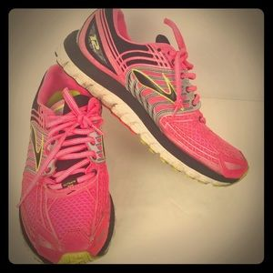 BROOKS Women's 'Glycerin 12' Running Shoe ~ 3-D Fi